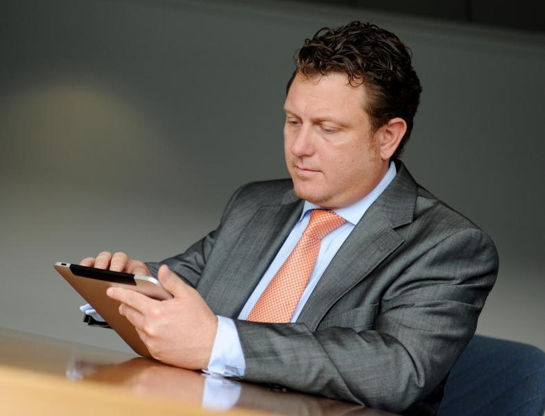 Jimmy Schulz hielt als erster Bundestagsabgeordneter eine Rede mit iPad. Inhaltlich fiel er u.a. mit seinem Widerstand gegen die Vorratsdatenspeicherung, das ACTA-Abkommen und das Leistungsschutzrecht auf. - Foto: (c) Christine Olma